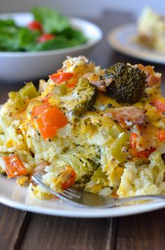Healthy Crockpot Breakfast Casserole - Apple of My Eye  Try with cubed sweet potatoes instead of hash browns!