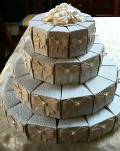 4 Tiers Cake (paper boxes--gift boxes?)