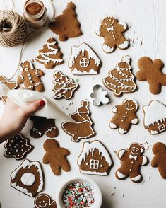 """""""Great British Bake Off"""" Semi-Finalist Selasi Gbormittah Shares His Favorite Holiday Cookie of All Time — Kitchn - Holiday wreaths christmas,Holiday crafts for kids to make,Holiday cookies christmas, Best Holiday Cookies, Holiday Cookie Recipes, Holiday Foods, Great British Bake Off, Christmas Treats, Christmas Baking, Christmas Recipes, Christmas Cookies, Italian Christmas"""