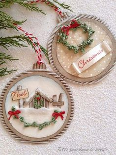 26 Rustic DIY Christmas Ornaments to Create an Ambiance of Warmth - The Trending House Christmas Baubles, Diy Christmas Ornaments, Christmas Projects, Holiday Crafts, Christmas Holidays, Dog Ornaments, Christmas Wreaths, Handmade Christmas Decorations, Christmas Gift Tags
