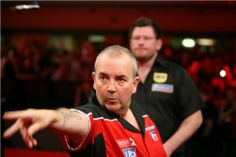 Darts Pictures: Phil Taylor - PDC Players Championship Finals 2011...