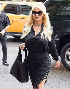 The Many Bags of Jessica Simpson, Part Two Jessica Simpson Makeup, Jessica Simpson Hot, Jessica Ann, Work Attire, Celebrity Style, Celebrity Photos, My Idol, Celebs, Celebrities