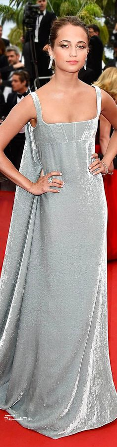 Alicia Vikanderin Valentino Couture ♔ Cannes Film Festival 2015 Red Carpet ♔ Visit my new website at http://www.treshautediva.com/