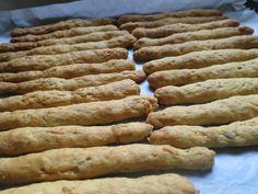 Ζουζουνομαγειρέματα: Κριτσίνια νηστίσιμα με καρότο της Ελένης! Greek Recipes, Sausage, Bread, Vegan, Food, Sausages, Brot, Essen, Greek Food Recipes