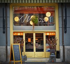 Menza - Retro restaurant Good but it can be a bit crowded Facades, Budapest, Crowd, The Neighbourhood, Restaurant, Canning, Retro, Shop, Home Canning
