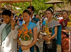 Laos, Prabang - PiMai Celebration ©MichelGotin