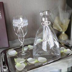 Ποτήρι Καράφα Δίσκος Γάμου, Αξεσουάρ Γάμου. #pothri #karafa #diskos #gamos #accessories #καραφα #ποτηρι #δισκος #γαμου #γαμος #asimenio #Θεσσαλονικη #αξεσουαρ #κρυσταλλα #wedding Wedding Glasses, Crafts, Manualidades, Handmade Crafts, Craft, Arts And Crafts, Artesanato, Handicraft