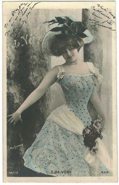Elise De Vere | VÈRE, Elise de_SIP. 114-13. Photo Reutlinger
