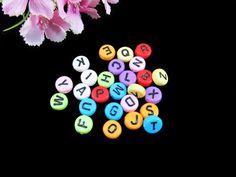Kunststoffperlen - 100 Buchstaben Perlen, 7mm,  Garantie-Mischung* - ein Designerstück von Perlenbraut- bei DaWanda