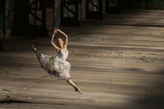 Flight, photography by Sofig Tamara černá