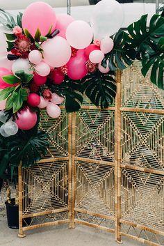30 Romantic Wedding Balloon Decorations Ideas ❤ See more: http://www.weddingforward.com/wedding-balloon-decorations/ #wedding