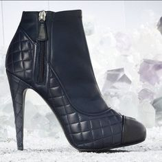 Obsessed with these @CHANEL booties!!