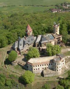 DOUBRAVSKÁ HORA - zdroj ČT Praha, Fortification, Ancient Civilizations, Palaces, Versailles, Czech Republic, Monuments, Medieval, To Go