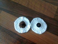 Loom knit eyes Pattern.