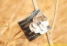 #Swanmarks Liebo 2012 New Design Stereoscopic Flower Metal Bracelet