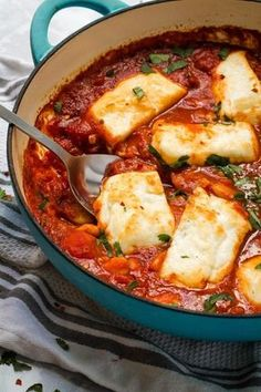 Halloumi and white beans baked in a rich, smoky, Spanish inspired tomato sauce! This is a simple but stunning one pot vegetarian meal that is on the table in just 30 minutes With lots of different serving suggestions, you will never tire of making t - f Veg Recipes, Cooking Recipes, Healthy Recipes, Dinner Recipes, Dinner Ideas, Healthy Food, Dinner Healthy, Grilling Recipes, Drink Recipes