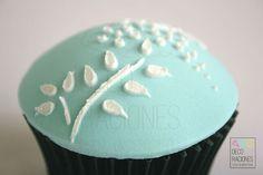 Cupcake azul / Blue cupcake decoracionesreposteria.wordpress.com