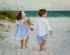 So sweet!  #DestinBeachPhotography #DestinFL #EmeraldCoast #Florida #Beach #FamilyPortraits #Pictures #BeachPortraits