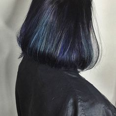 Check out this awesome blue, oil-slicked, balayage by Jessica! Book today at www.thecherryblossomsalon.com or 404-856-0533 #thecherryblossomsalon