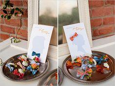 bows and beaus wedding favor ideas http://www.weddingchicks.com/2013/08/30/southern-wedding-ideas/