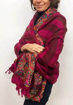 chal o manta de seda y lana reversible fucsia Julunggul www.julunggul.com