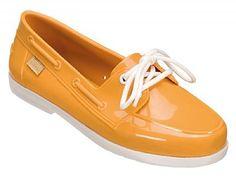 Confessions - LOJA UNIK - A Loja de calçados e acessórios diferenciados: melissas ,tenis, alpargatas, bolsas, e acessorios. Melisseiras amam!