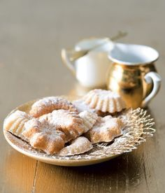 Kokosovo-medové pracny Czech Recipes, Holiday Cookies, Treats, Vegetables, Breakfast, Christmas Recipes, Yum Yum, Food, Ethnic
