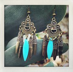 Boucles d'oreilles métal couleur bronze esprit bohème. Collier Turquoise, Turquoise Necklace, Bronze, Etsy, Jewelry, Bohemian Soul, Handmade Gifts, Unique Jewelry, Ears