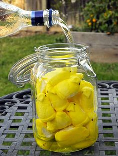 Marshmallow Peep-Infused Vodka Recipe: The perfect #cocktail to #celebrate #Easter! #Peeps #Recipes  • approx 30 Peeps • 750 ml vodka Place all Peeps into... read more.> https://www.facebook.com/photo.php?fbid=611332092228960=a.243876182307888.72166.243748478987325=1  Source: Bakingbites.com via Incrediblethings.com