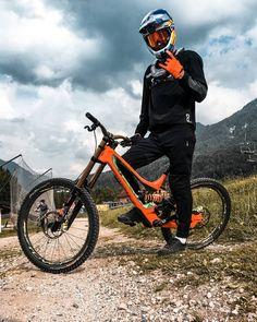 e7794e98618 First time on the big bike in 7 weeks 👊 Feels amazing to shred here in  Kranjska Gora at the Trail Days!
