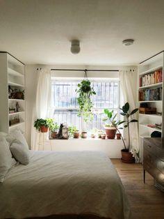 13 Beautiful Botanical Bedrooms | Brit + Co