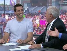 Aaron Rodgers makes guest appearance on 'College GameDay'