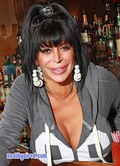 Our cutie Ang being casual at her bar Drunken Monkey in Staten Island NY. Notice her Chanel hair clip! Big Ang, Mob Wives, Past Present Future, Big Night, Celebs, Celebrities, Reality Tv, Hair Clips, Love Her