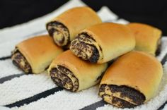 Quick poppy seed rolls -Most people call this beatiful creation Bylochki but I call them Piroshky, we always have in our family. Slovak Recipes, Ukrainian Recipes, Czech Recipes, Russian Recipes, Poppy Seed Recipes, Just Desserts, Dessert Recipes, Eastern European Recipes, Kolaci I Torte