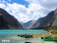 Uno de los 296 Lagos que pertenecen al Parque nacional  Huascarán - Perú