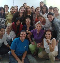 Taller Atención Diversidad Funcional Venezuela, Caracas, Colegio Las Cumbre. 18 de Septiembre de 2014 En la foto (con gafas): Eliana Aguilera y Ana Gabriela Gómez, junto a docentes participantes