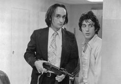 John Cazale & Al Pacino in one of my favorite movies with Pacino: Dog Day Afternoon, by Sidney Lumet Dog Day Afternoon, Actor Studio, Al Pacino, The Godfather, Film Movie, Movie Scene, Great Movies, Dog Days, Filmmaking