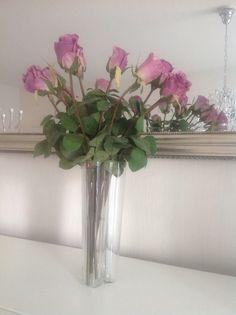 Iittala aaltomaljakko ja Plantagen ikuiset ruusut
