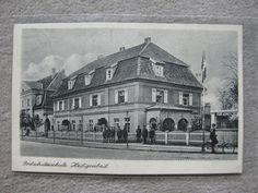 AK Postkarte Soldaten vor Postschutzschule Heiligenbeil Ostpreußen Kaserne WK2 M