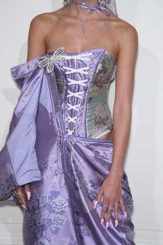 Fashion Week, Fashion Art, High Fashion, Fashion Show, Fashion Outfits, Womens Fashion, Fashion Design, Style Haute Couture, Couture Fashion