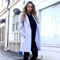I love this coat it Lord so nice on... aso Lauren Pope.. New Look blouse, Oasis Fashion coat, and Bershka trousers..