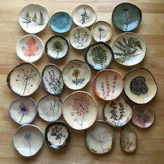 56 creative DIY tableware ideas - Page 37 of 56 - SooPush chic tableware, creative DIY tableware, vintage plates. Pottery Painting, Ceramic Painting, Ceramic Art, Painted Ceramics, Ceramic Plates, Ceramic Pottery, Pottery Art, Diy Clay, Clay Crafts