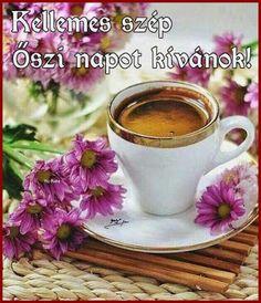Nice cup of coffee ☕️. Coffee Vs Tea, I Love Coffee, Coffee Cafe, Coffee Drinks, Good Morning Coffee, Coffee Break, Café Chocolate, Pause Café, Cafetiere