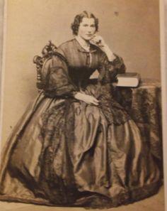 Cdv-lady-big-satiny-hoop-dress-by-Hipple-Philada