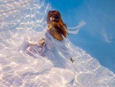 Assuntos e Achados da Scheila: Sou Transparente Como Água