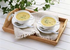 Souped Up Split Pea Soup - don't let summer keep you from this bowl of deliciousness! Great for a quick lunch or with dinner. New Recipes, Soup Recipes, Favorite Recipes, Healthy Recipes, Campbell's Cream Of Chicken, Souped Up, Pea Soup, Potato Soup, Butternut Squash Soup