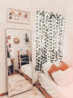 8 Must-Know Bedroom Design Ideas - Sweet Crib Cute Bedroom Decor, Room Ideas Bedroom, Diy Room Decor, Bedroom Inspo, Bedroom Designs, Cute Room Ideas, Aesthetic Room Decor, Cozy Room, Dream Rooms