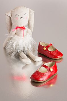 These shoes are perfect for every occasion!  flora&henri&luckyboysunday