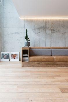 SONNY - Filming locations of Scott studio - sofa, tones, concrete SONNY - Drehorte von Scott Studio - Sofa, Töne, Beton Modern Apartment Design, Home Interior Design, Interior Architecture, Living Room Modern, Living Room Designs, Concrete Interiors, Concrete Wall, Concrete Bedroom, Cement