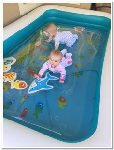 Only supervised! If it popped they could drown! Put the water blob inside a blow up pool for little ones to play on! Baby Play, Baby Toys, Infant Activities, Activities For Kids, 4 Month Old Baby Activities, Diy For Kids, Crafts For Kids, Blow Up Pool, Water Blob